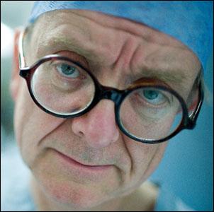 Tohtori paheksuu
