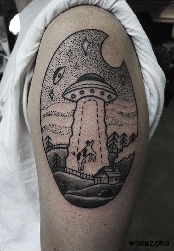 Ufo tatuointi